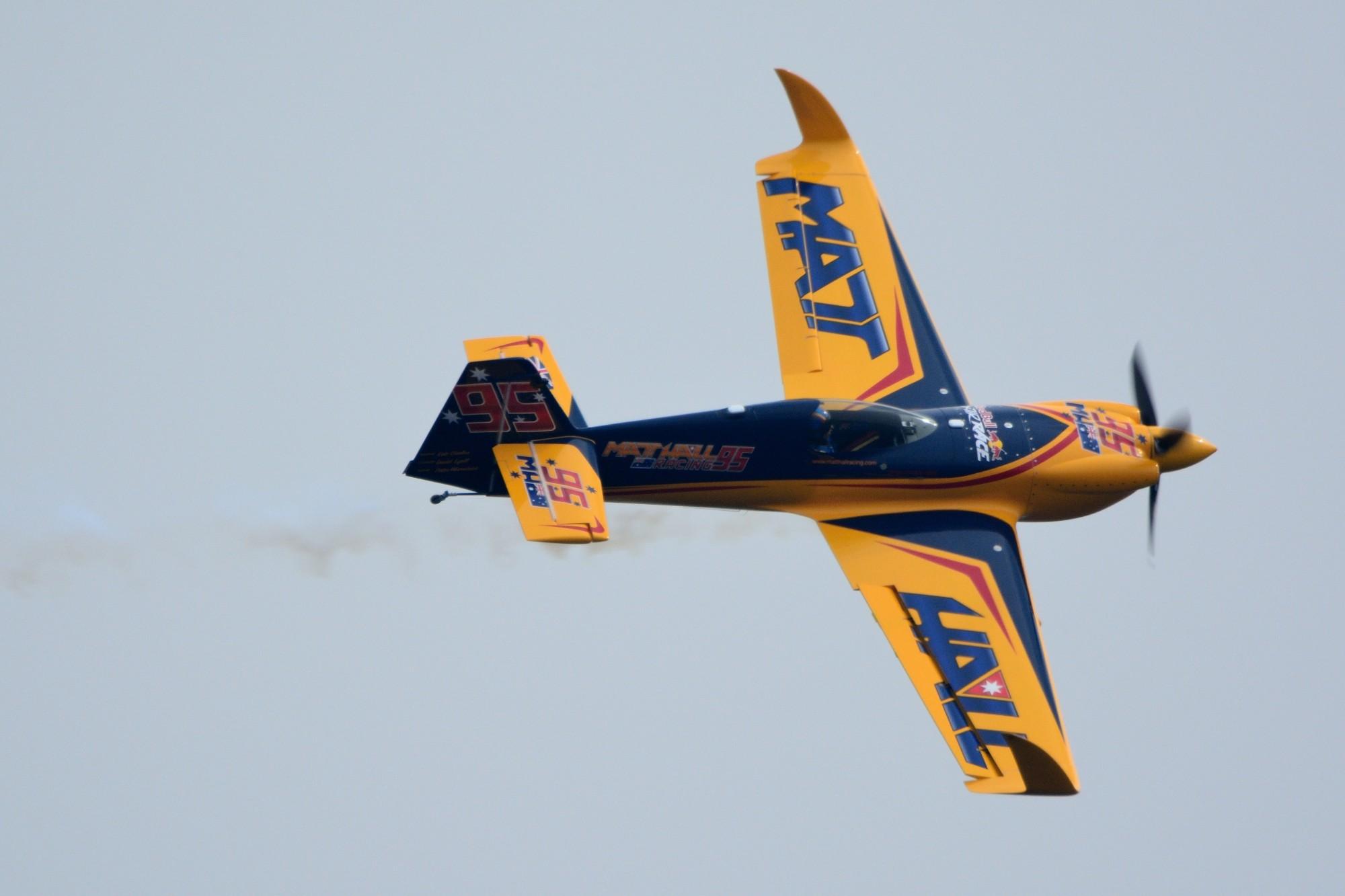 Red_Bull_Air_Race_Chiba_MXS-R_Matt_Hall