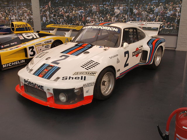 出典:https://en.wikipedia.org/wiki/Porsche_935#/media/File:Porsche_Coupe_935_(1976)_pic2.JPG