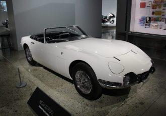 映画「007は二度死ぬ」に登場した伝説のクルマ!現存するボンドカーは日本にあった!