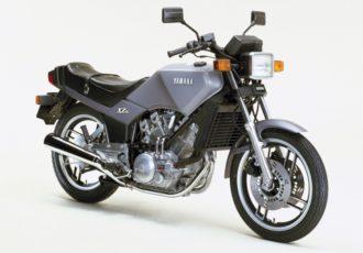 こんなバイクあったの!?400ccVツインでシャフトドライブなマニアックバイクXZ400を知っていますか?