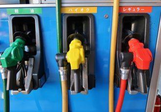 クルマを壊す?レギュラーガソリン車にハイオクを入れるとどうなるの?