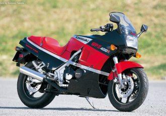 400cc初の水冷バイク!カワサキGPZ400Rが200km/hの壁を打ち破った!