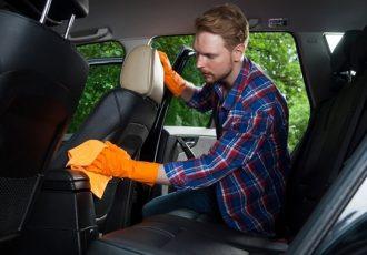 クルマの中は3密!?車内でできるコロナ感染対策をご紹介!