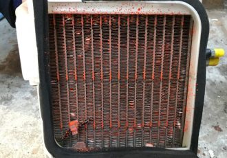 大変なことになります!愛車のエアコンは定期的に洗浄してください!