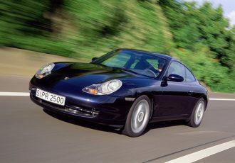 200万円台で買えちゃう!?歴史に残る名車ポルシェ911(996)は今が買いです!