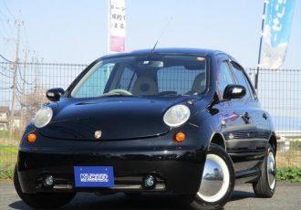 こう見えて日産マーチ!人と違うクルマが欲しいアナタにオススメのカスタムカーを売ります。