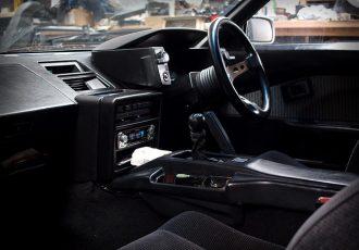 タバコのニオイが気になる!!クルマの車内を消臭する方法を紹介!