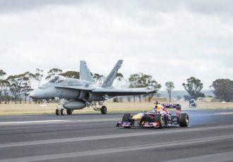 F1と〇〇が対決したら?レッドブルの対決が面白すぎる!