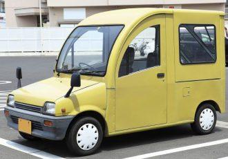 軽なのに車内で立てる!!ダイハツ・ミラのウォークスルーバンシリーズがスゴイ!