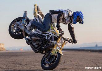 タンクを殴って凹ませろ!スタントのためだけに発展したバイクのカスタム7選