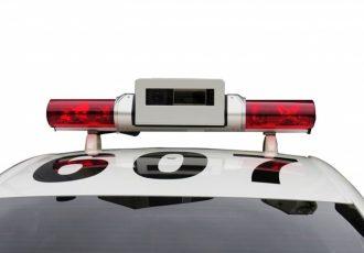 この赤色灯に注意!!神出鬼没に現れるレーザー&レーダーパトカーとは