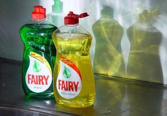ウォッシャー液に食器用洗剤を入れるとどうなるの?