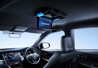 車内でアニメを見よう!スマホの画面をカーナビに映す方法教えます!