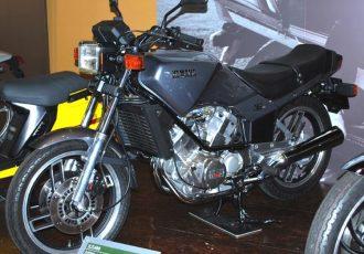 超マイナーなスポーツバイク!400ccVツインでシャフトドライブなXZ400を知ってる?